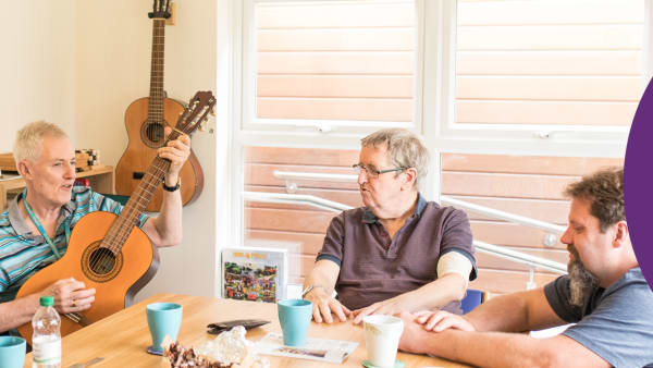 Local musician volunteers at our Men's Den. Buy his latest album and support the Hospice!